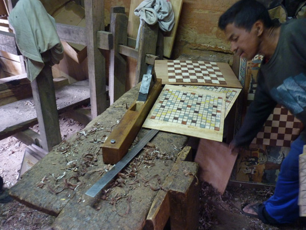 ART DE MADAGASCAR - Visite des ateliers artisanaux d'Ambositra